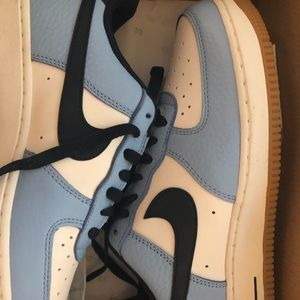 Men's size 7 Air Force Ones
